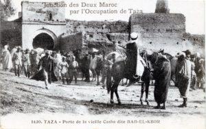 Taza porte de la vieille casba dite Bab el-Ksor - Jonction des deux Maroc par l'occupation de Taza