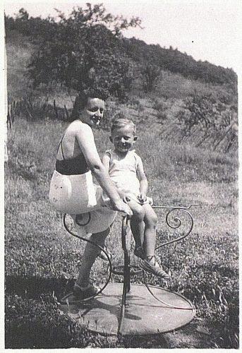 Anna Katzmann, épouse Fraiberger et son fils Claude - Mémorial des Enfants juifs déportés de France