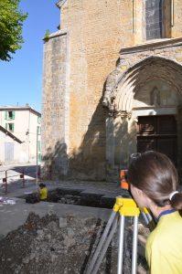 Senez, diagnostic archéologique sur le site de la place de l'église, octobre 2014 (SDA 04)