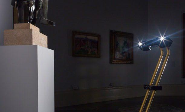 Visite nocturne : des robots dans les musées (2)