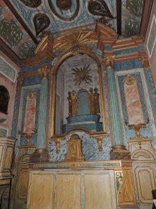 Altar e retábulo
