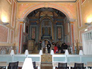 Capela: vista sobre o altar