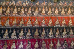Niveaux du cosmos et habitants - Des démons (en bas) aux dieux (en haut) - Chapelle du Palais du Devant -Bangkok