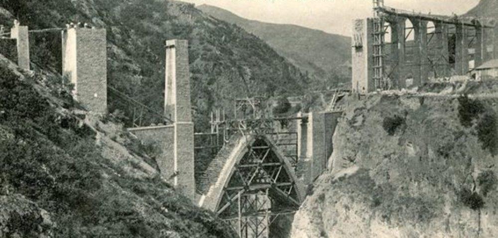 Un pont sur l'histoire