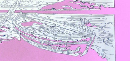 Eine Malen nach Zahlen Vorlage, bei der verschiedene Felder ausgeschnitten statt ausgemalt sind. Dahinter liegt ein rosaner Hintergrund.