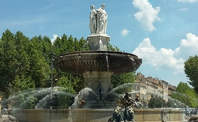Fontaine cours MIrabeau Aix