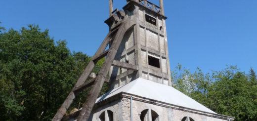 Chevalement du puit Sainte-Marie Ronchamp