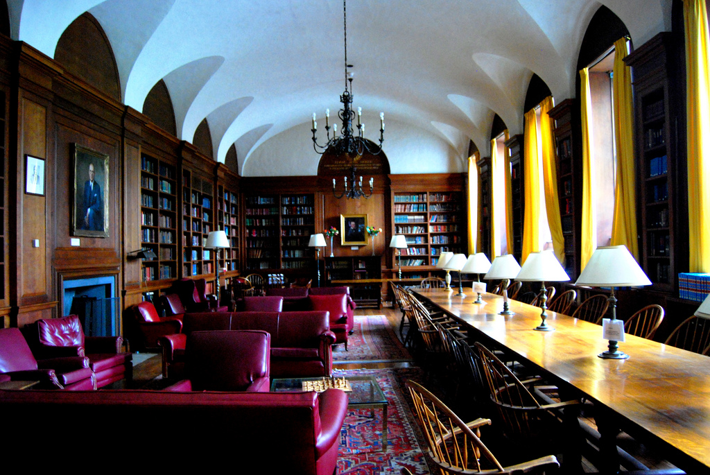 Adams House, Library, Harvard University, Cambridge, MA, USA, May 31, 2008   © Courtesy of Paul Lowry.
