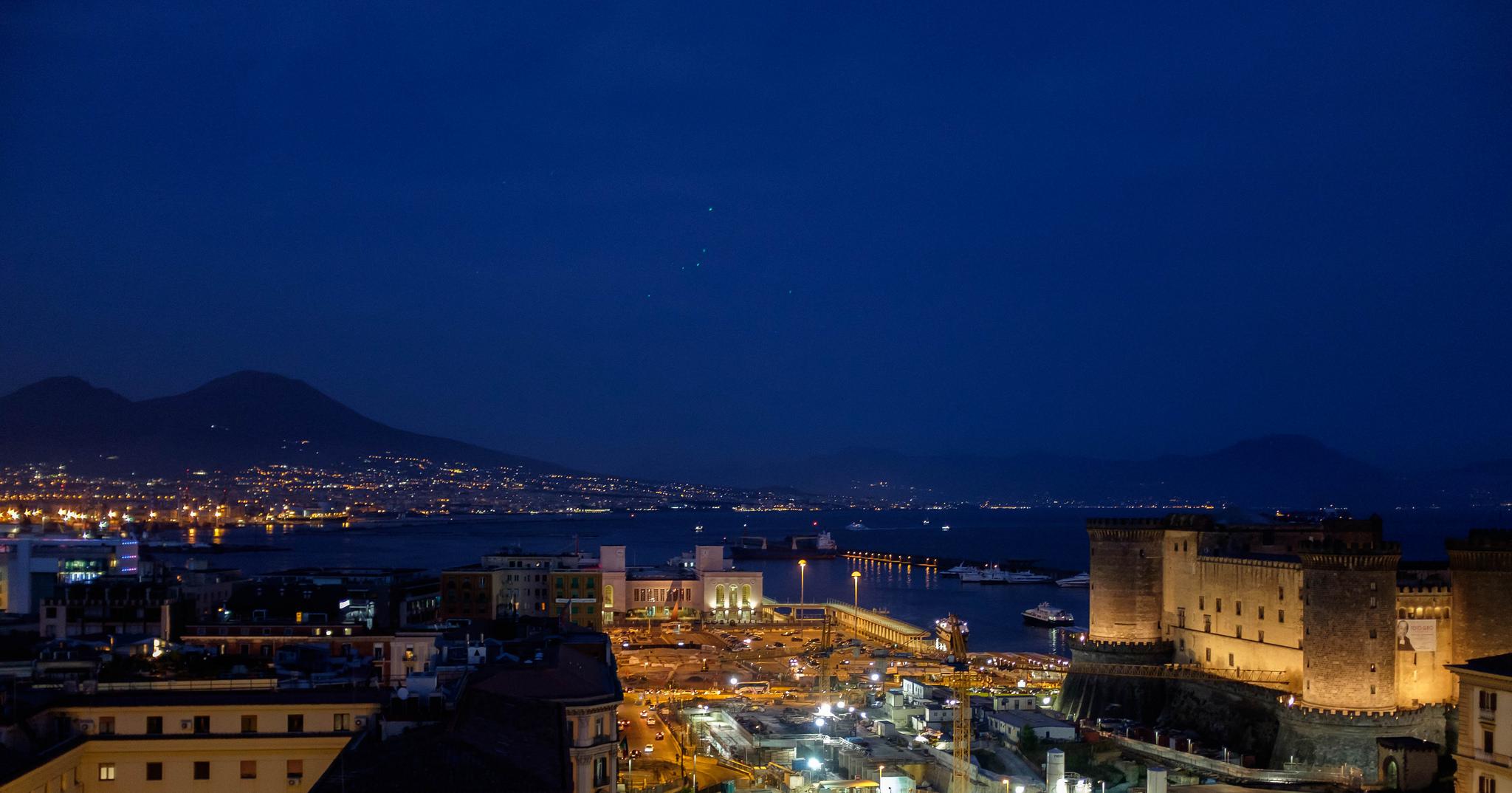Bay of Naples, Italy, June 4, 2017   © Courtesy of sarahtarno.