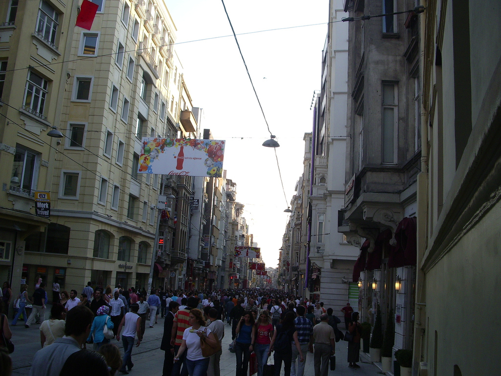 Taksim District on a Friday Night, Istanbul, Turkey, July 14, 2006 | © Courtesy of Neil and Kathy Carey/Flickr.