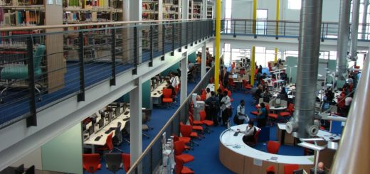 Use of Colour, Library and Learning Centre, UEL, Greater London, England, UK, September 21, 2006 | © Courtesy of Jisc infoNet /Flickr.
