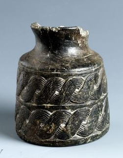 Le nez en archéologie : une histoire de parfums