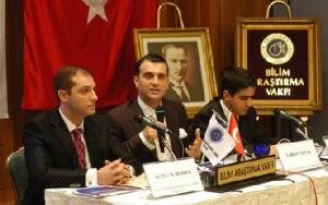 La Fondation de la Recherche Scientifique (Bilim Araştırma Vakfı) dAdnan Hoca est à sa quatrième