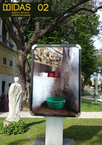 """Modo de Emprego #1"" © Catarina Botelho, créditos fotográficos: Amélia Julio, 2012 Arranjo gráfico: Elisa Noronha"
