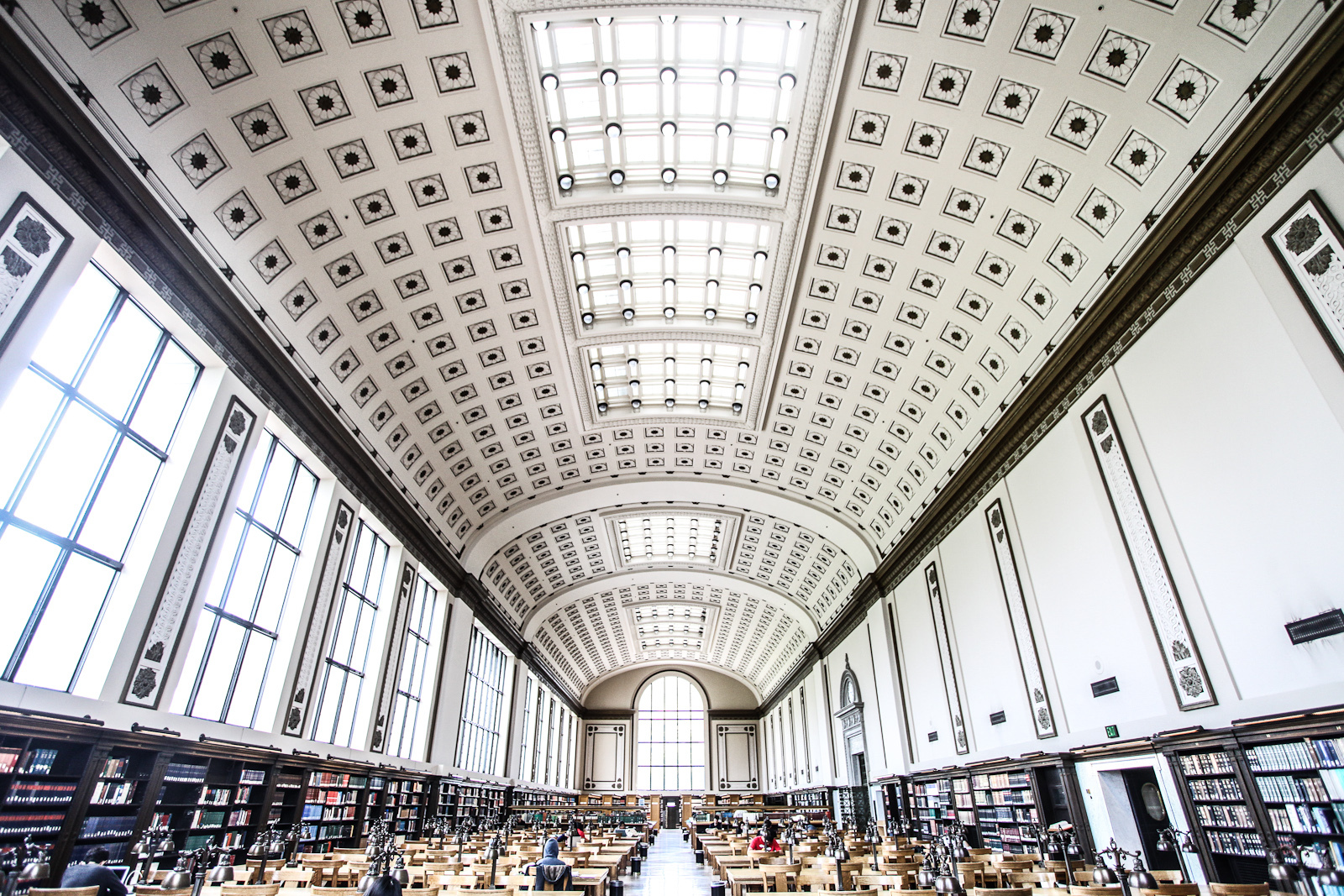 Doe Memorial Library, University of California, Alameda, California, USA, July 22, 2013 © Courtesy of Sharat Ganapati/Flickr.