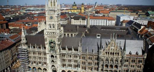 Rathaus-Glockenspiel, Munich, Bavaria, Germany, March 31, 2012 | © Courtesy of Nicole June/Flickr.