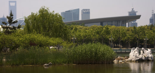 Northwest Corner of Bright Lake, Century Park, Shanghai, China, May 6, 2009 | © Courtesy of Jonathan/Flickr.