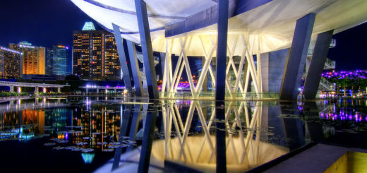 Reflections at Art Science Museum, Art Science Museum, Marina Bay, Singapore, November 17, 2012 | © Courtesy of Erwin Soo/Flickr.