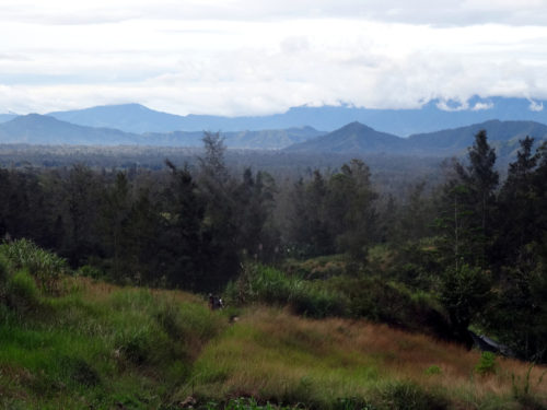 View on the Wahgi valley and the Kuk site from the Wurup valley. Right corner is Manim site