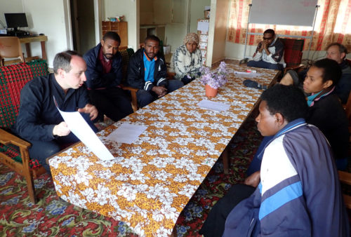 Project presentation to the teachers of Mt Wilhelm Secondary School (Simbu valley)