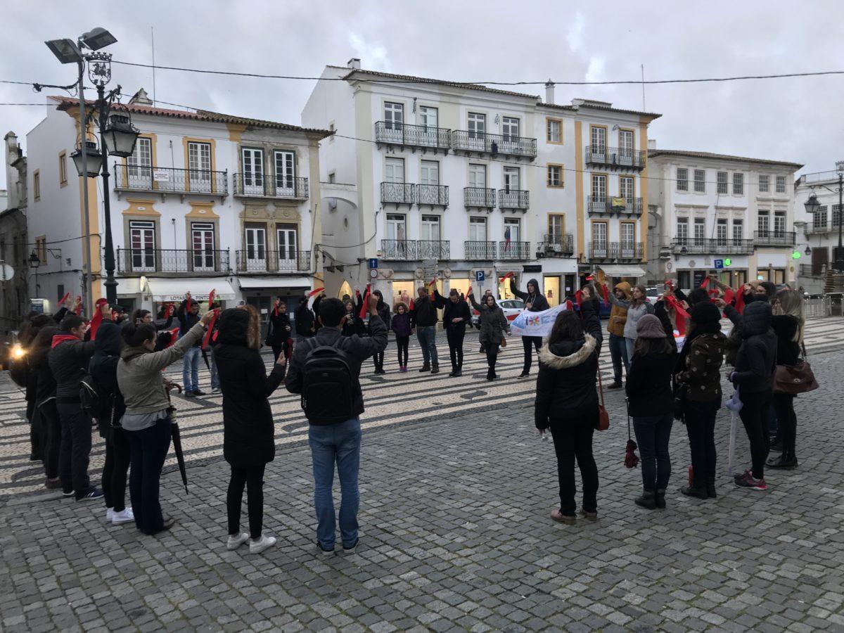 Estudantes brasileiros em Portugal debatem sobre a violência no Brasil