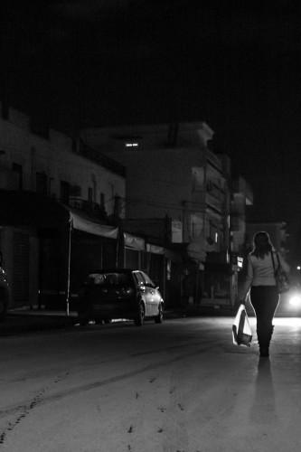 Couvre-feu ou le pain quotidien des tunisiens. Tunis 22 janvier 2016. Photographie Hamideddine Bouali