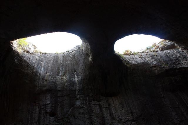 Prohodna cave eyes / Todor Petkov, Bulgaria, 2008
