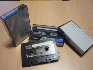 4 cassettes audio