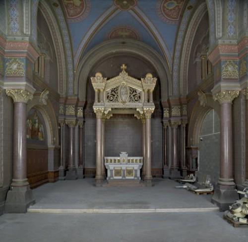 Eglise : vue d'ensemble depuis la nef
