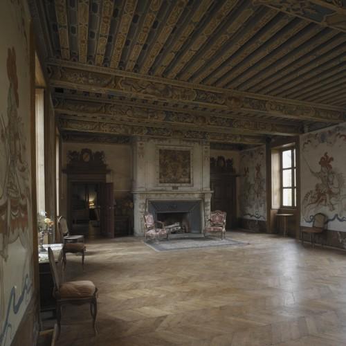 Château de Vaugirard, Champdieu (Loire). Vue d'ensemble de la grande salle du premier étage, depuis le sud-est