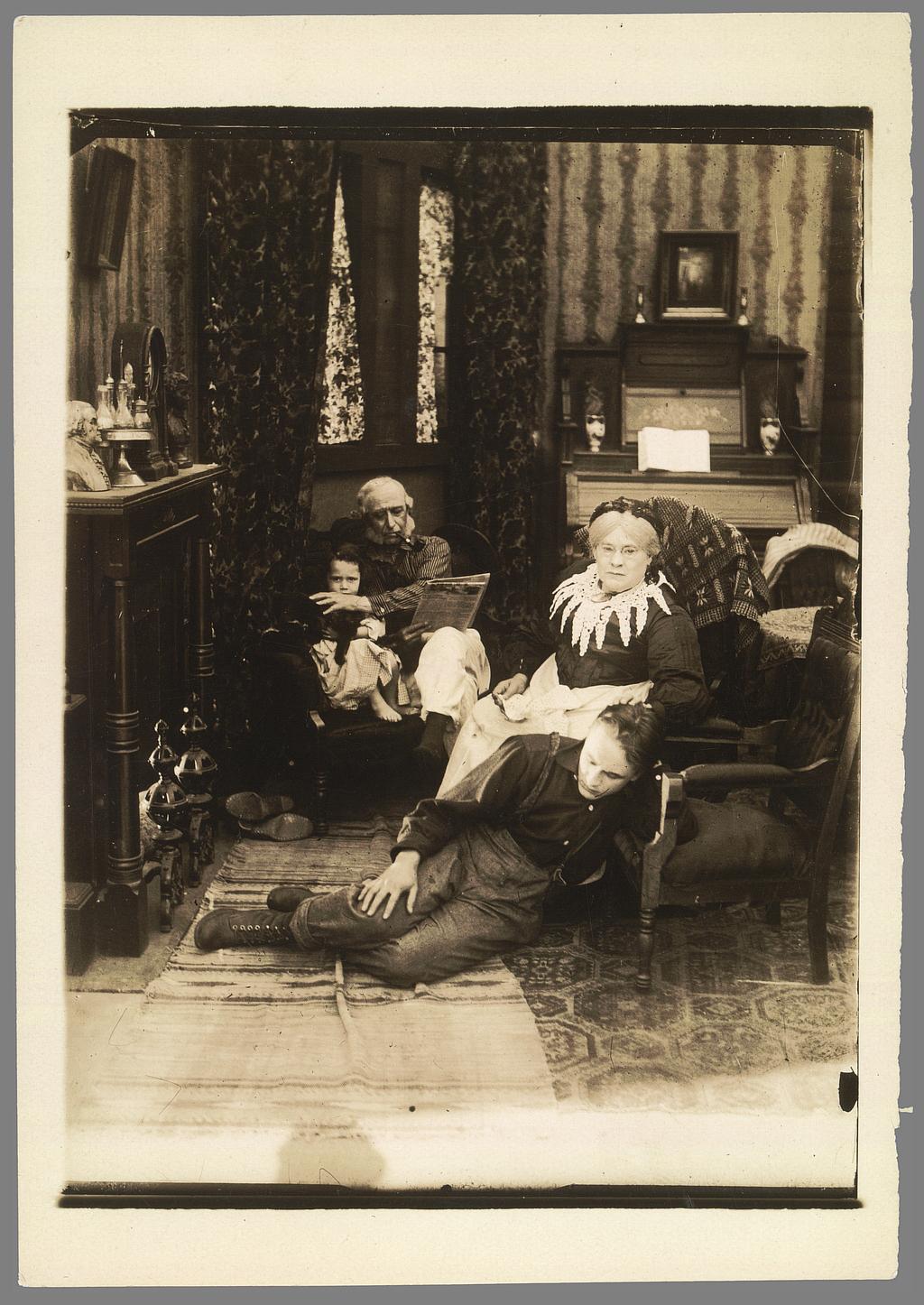 Chester Withey, Old Folks at Home, Fine Arts 1916. Coll. Cinémathèque française. D. R. L'acteur du fond est sans doute Tree.