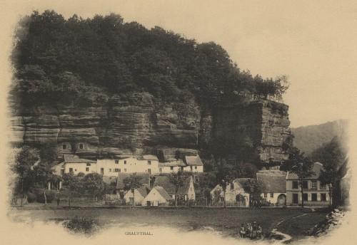 Maisons troglodytiques de Graufthal (Eschbourg). Auteur : Elsassische Druckerei, 1904 (Denkmalarchiv, DRAC Alsace)