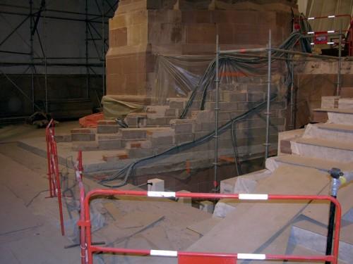 Travaux de réaménagement de l'escalier et accès au caveau des évêques (Fabrique de la Cathédrale de Strasbourg)