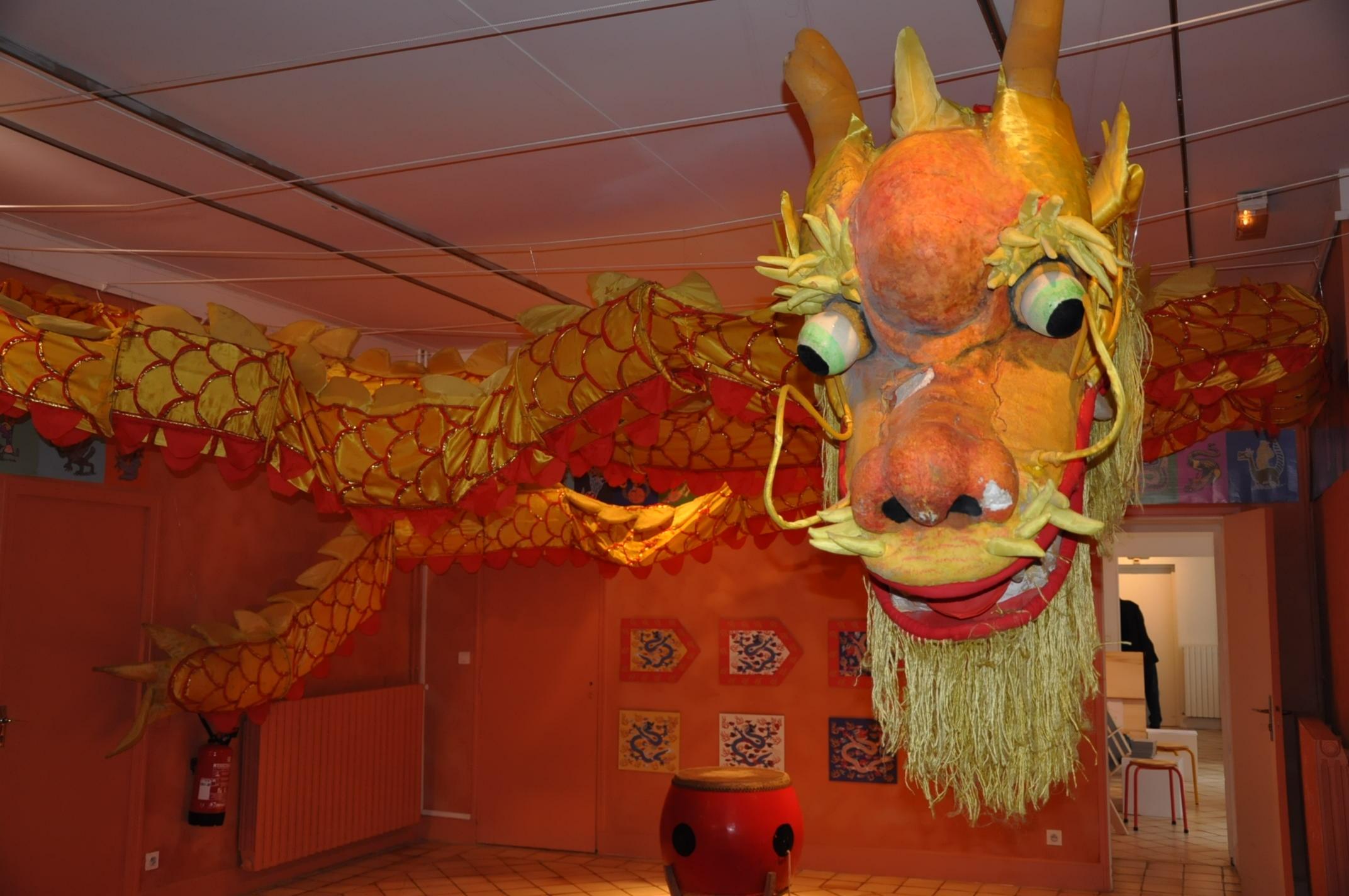 Le dragon au mus e des beaux arts de chartes une exposition qui enflamme le magasin des enfants - Photo dragon chinois ...