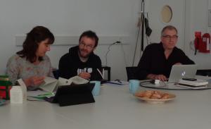 """De gauche à droite : Sandrine Depeau et Erwan Quesseveur (UMR ESO Espace et société, Gilles Rouffineau, École d'art de Valence, équipe """"il n'y a pas de savoir sans transmission"""""""