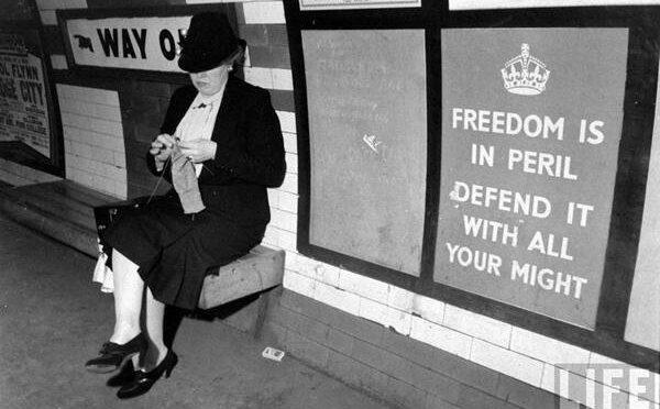 Habiller la ville : l'affiche en guerre à Londres (1939-1942)