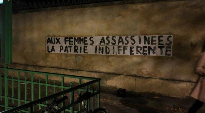 Afficher les revendications féministes sur les murs des villes