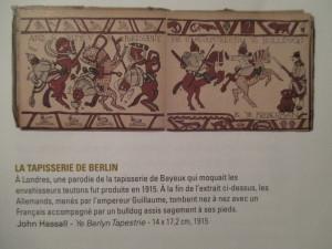 """Fig.9b. Les """"tapisseries"""" de Bayeux et Berlin (1915), sources d'inspiration de Joe Sacco. La Grande Guerre en Bande dessinée. Beaux-Arts Magazine, 2014, p.39."""