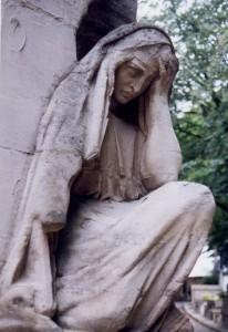 Mater dolorosa, une figure féminine de la douleur