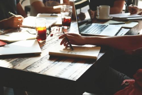 Image de réunion de travail