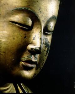 Statue de bouddha rapportée de Corée par Charles Varat © Jean-Yves et Nicolas Dubois, Musée National des Arts asiatiques – Guimet