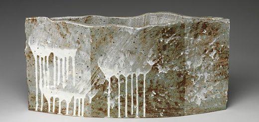 Yoon Kwang-Cho (Korean, born 1946), Chaos  혼돈 混沌 , Stoneware with white slip and ash glaze, 2007, H. 13 1/8 in. (33.3 cm); W. 26 3/8 in. (67 cm); D. 6 1/4 in. (15.9 cm) © Yoon Kwang-Cho.