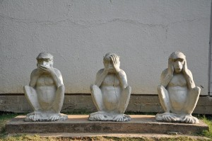 """Gandhiji's Three Monkeys"" von Kalyan Shah, CC-BY-SA"