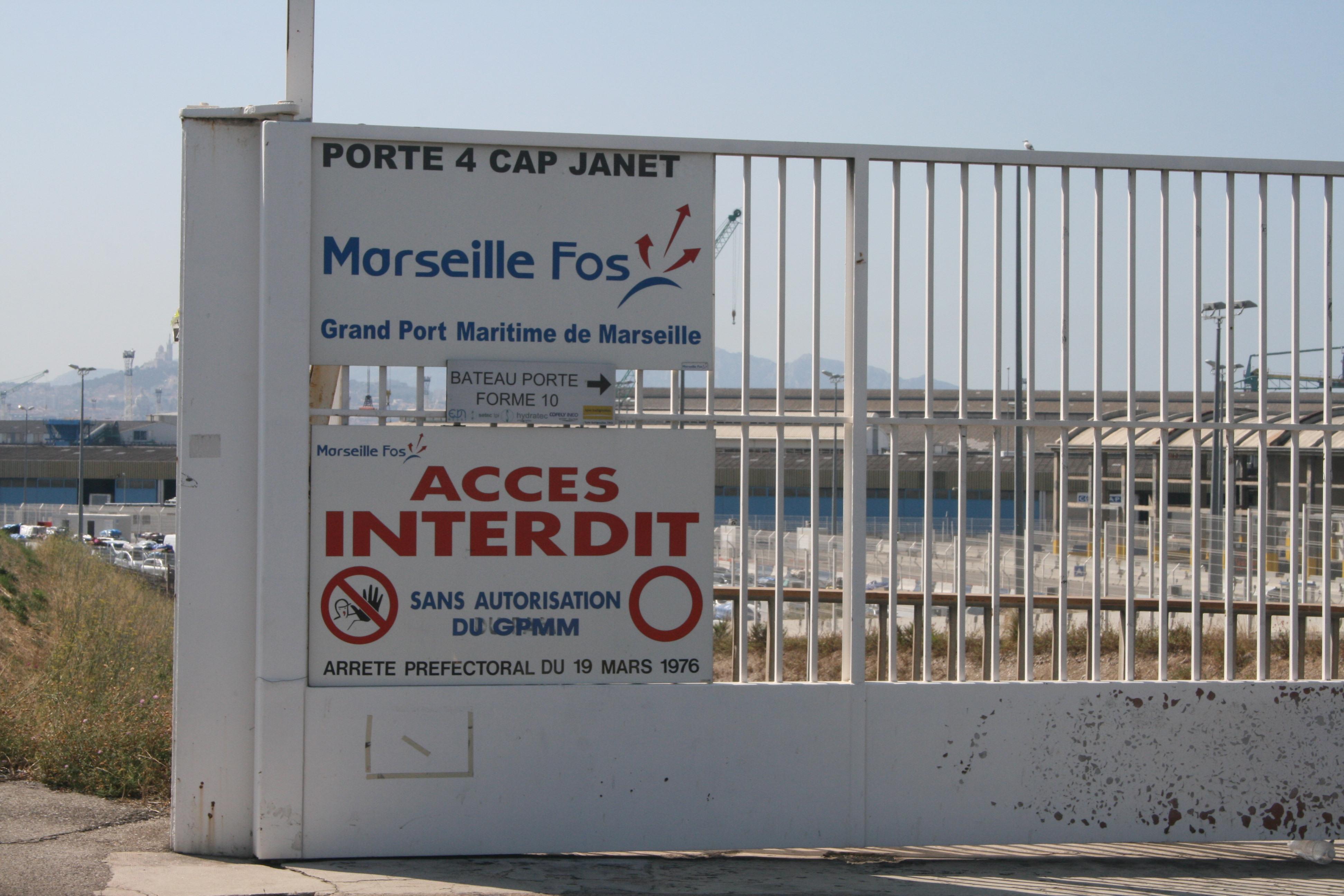 Marseille visite en zone d attente pisode 1 la recherche a migrinter - Bureaux de poste marseille ...