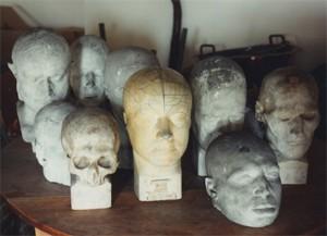 Réserves du Musée Flaubert d'Histoire de la Médecine à Rouen, en 1994 ( photographies de Jean-Claude Vimont)