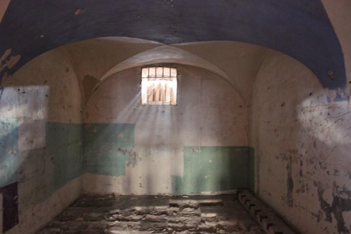 la maison centrale de clairvaux photographi 233 e par laure bulm 233 criminocorpus