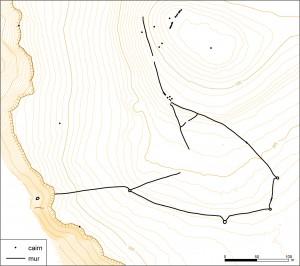 Figure 7 : le kite KZ2 : la forme de l'enclos et la disposition des logettes sont très semblables à celles des kites d'Arménie, entre autres.