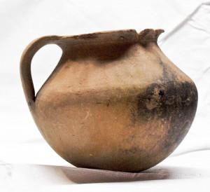 Fig. 10 : marmite éginétique de l'agora d'Athènes (5e s. av. J.-C.)