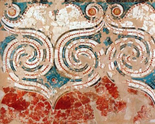 Fig. 11 : fresque à motifs spiraliformes géants ornant le deuxième étage de la Xestè 3 d'Akrotiri (d'après Marinatos 2013, fig. 2).