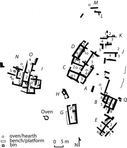 Fig. 5 : plan du village Minoen Récent IIIC de Vronda (d'après Gaignerot-Driessen 2014, 496 fig. 3).